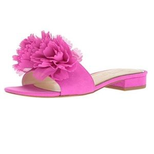 Jessica Simpson Caralin Hotshot pink slipper shoes